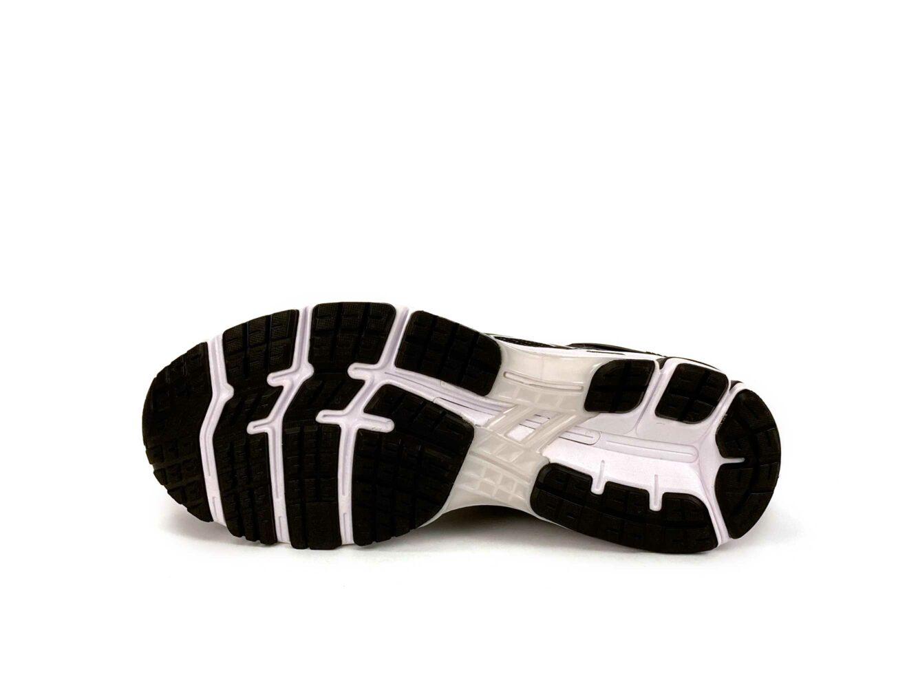 asics gel kayano 26 black white 1011A541 купить